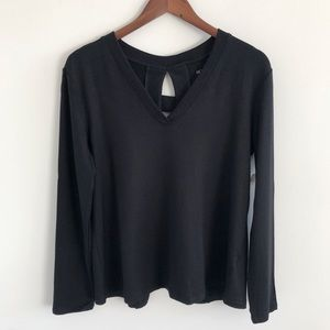 NWT Beyond Yoga Time to Split Back Pullover Black